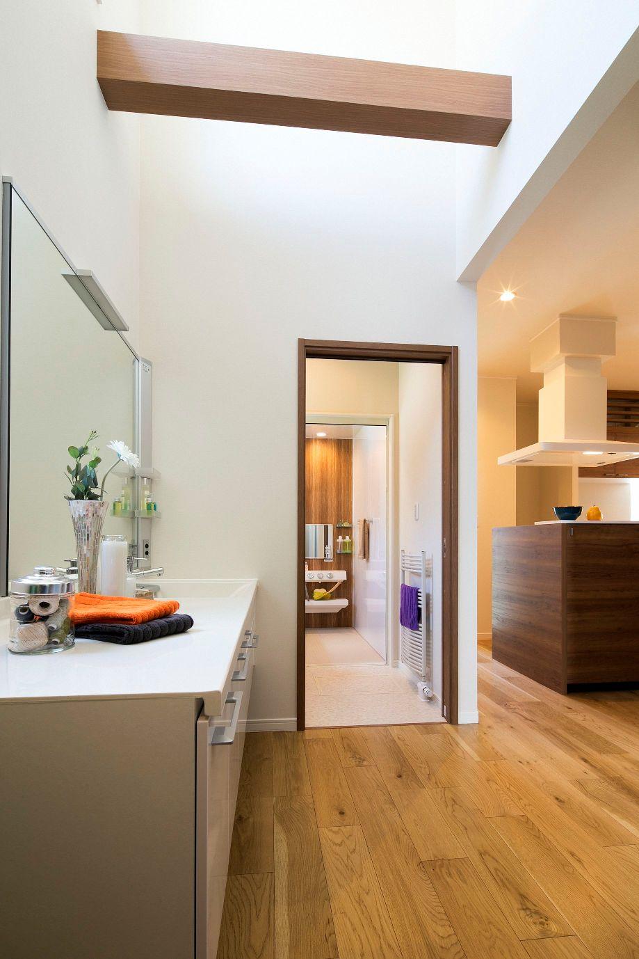 ハウスM21「新発想、中2階へ下りる主寝室」ユーティリティ写真