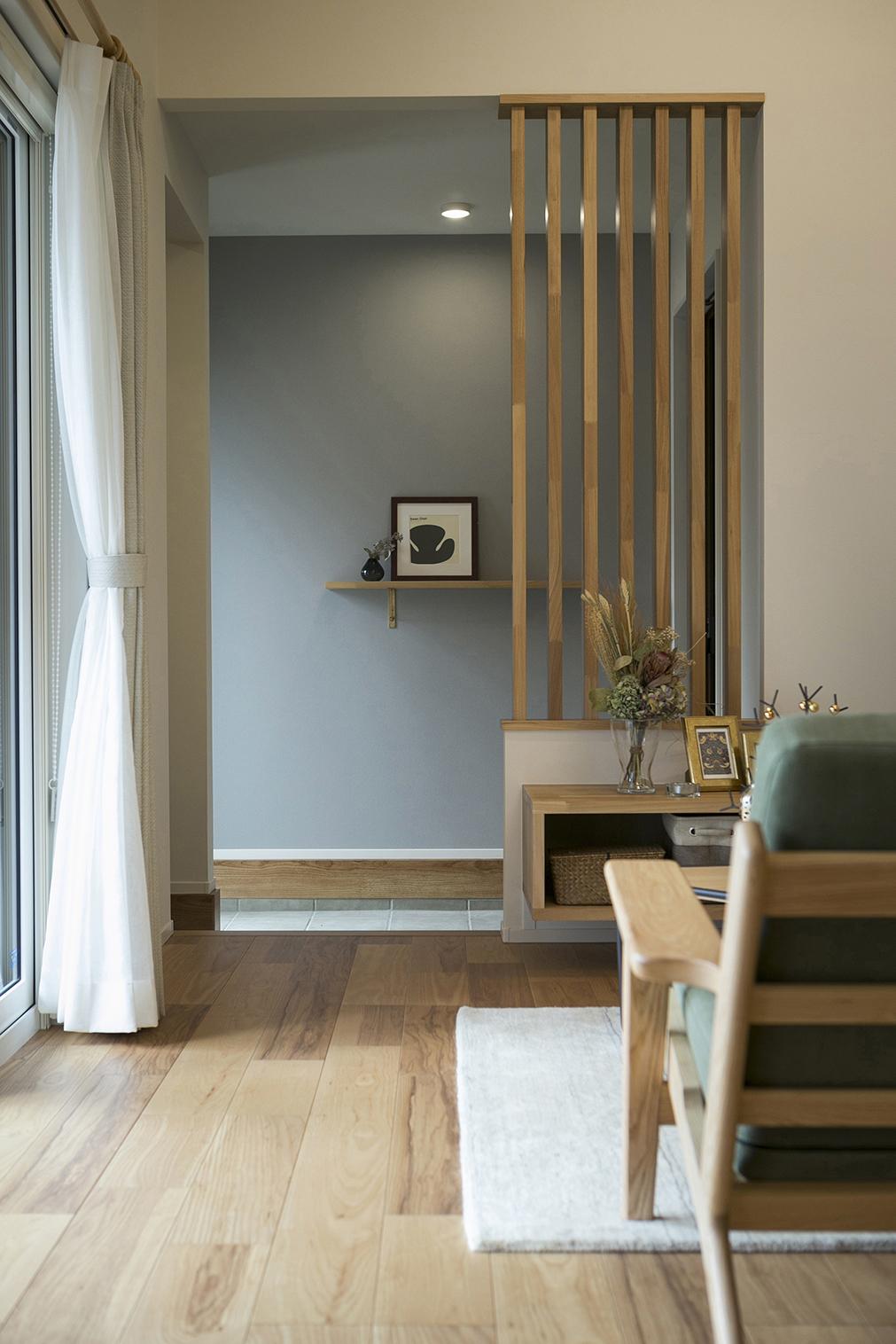 ハウスM21「時代に即した新たな形の「平屋」空間」玄関写真