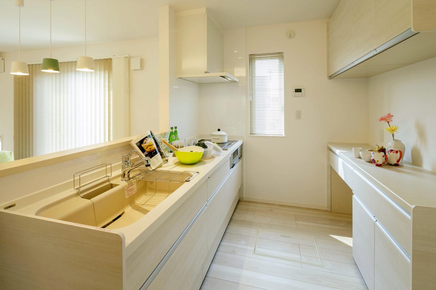 ハウスM21 盛岡市黒石野建売住宅 キッチン写真