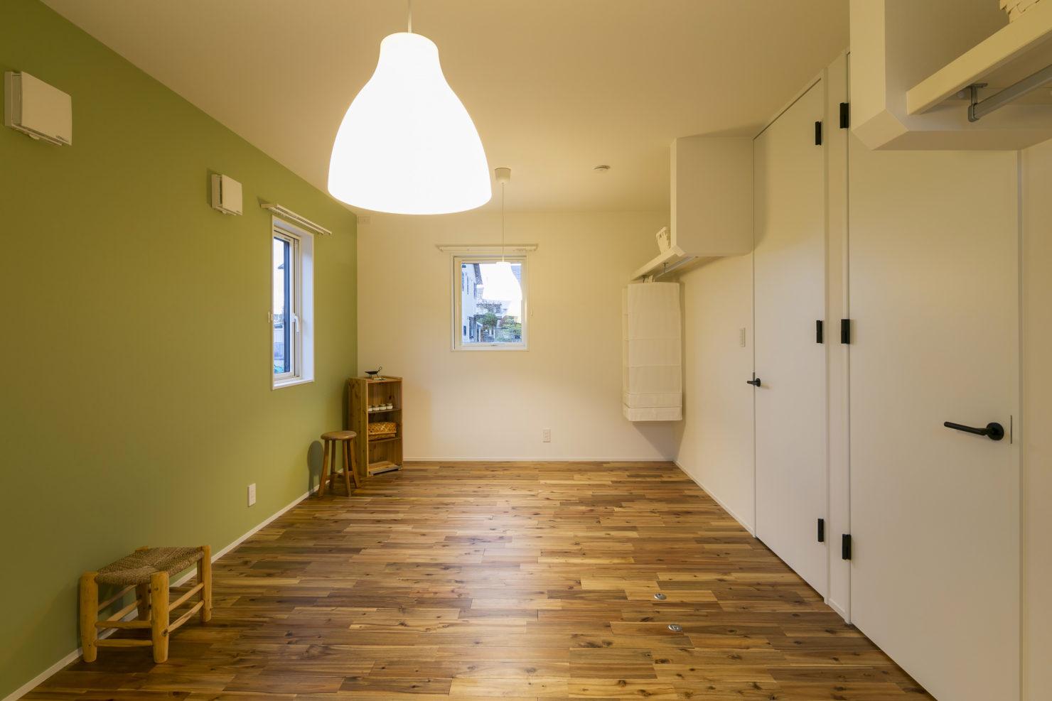 ハウスM21+archi「閉じる」から「開く」子供部屋写真
