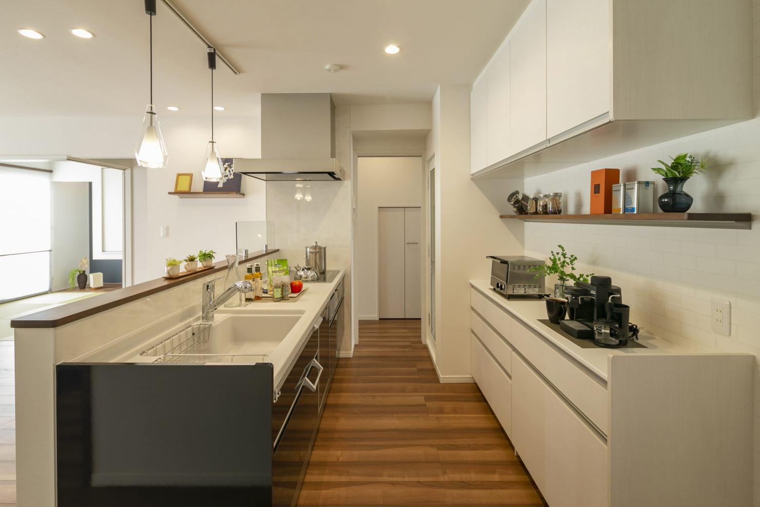 ハウスM21「子育てしやすい住まい」キッチン写真