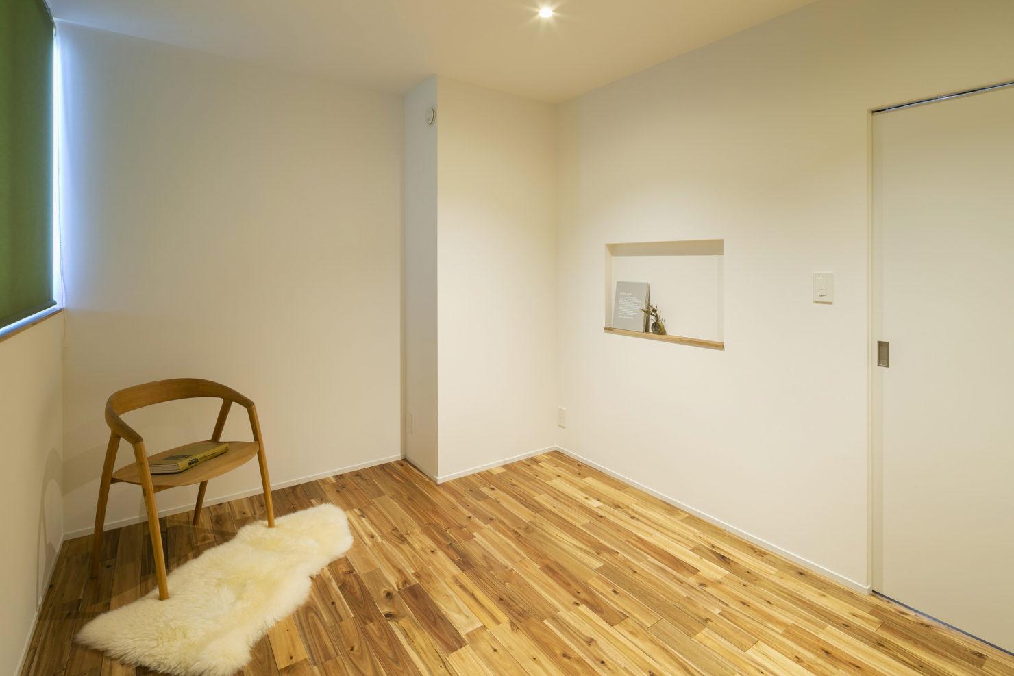 ハウスM21+archi「周囲との関係性・持続性のあるデザイン」寝室写真