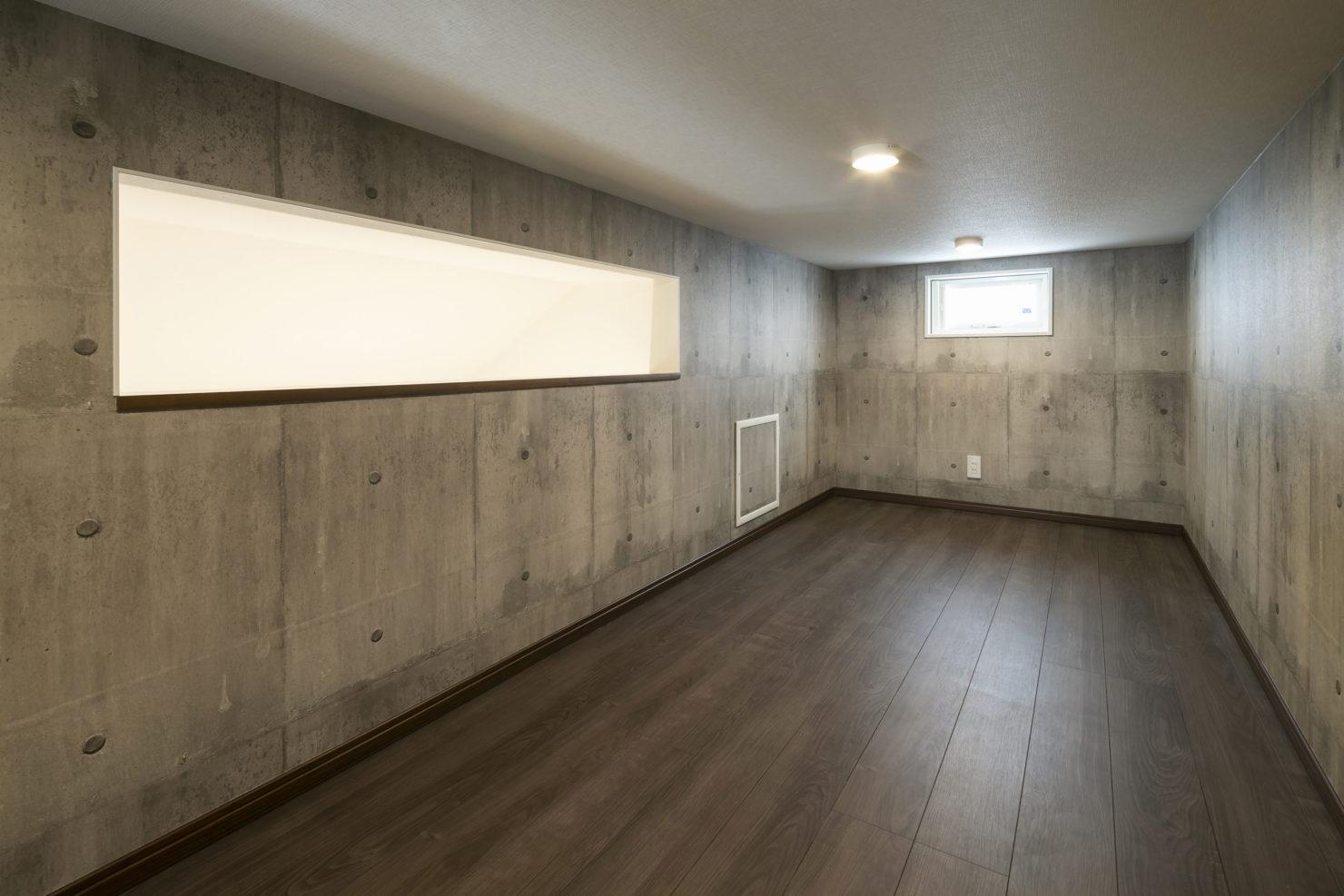 ハウスM21「各階で完結する収納計画が時間のゆとりをもたらす」ロフト写真
