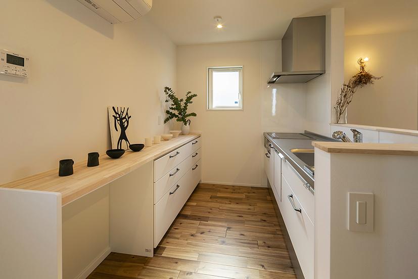 ハウスM21+archi「感性を大切にした住まい」キッチン写真