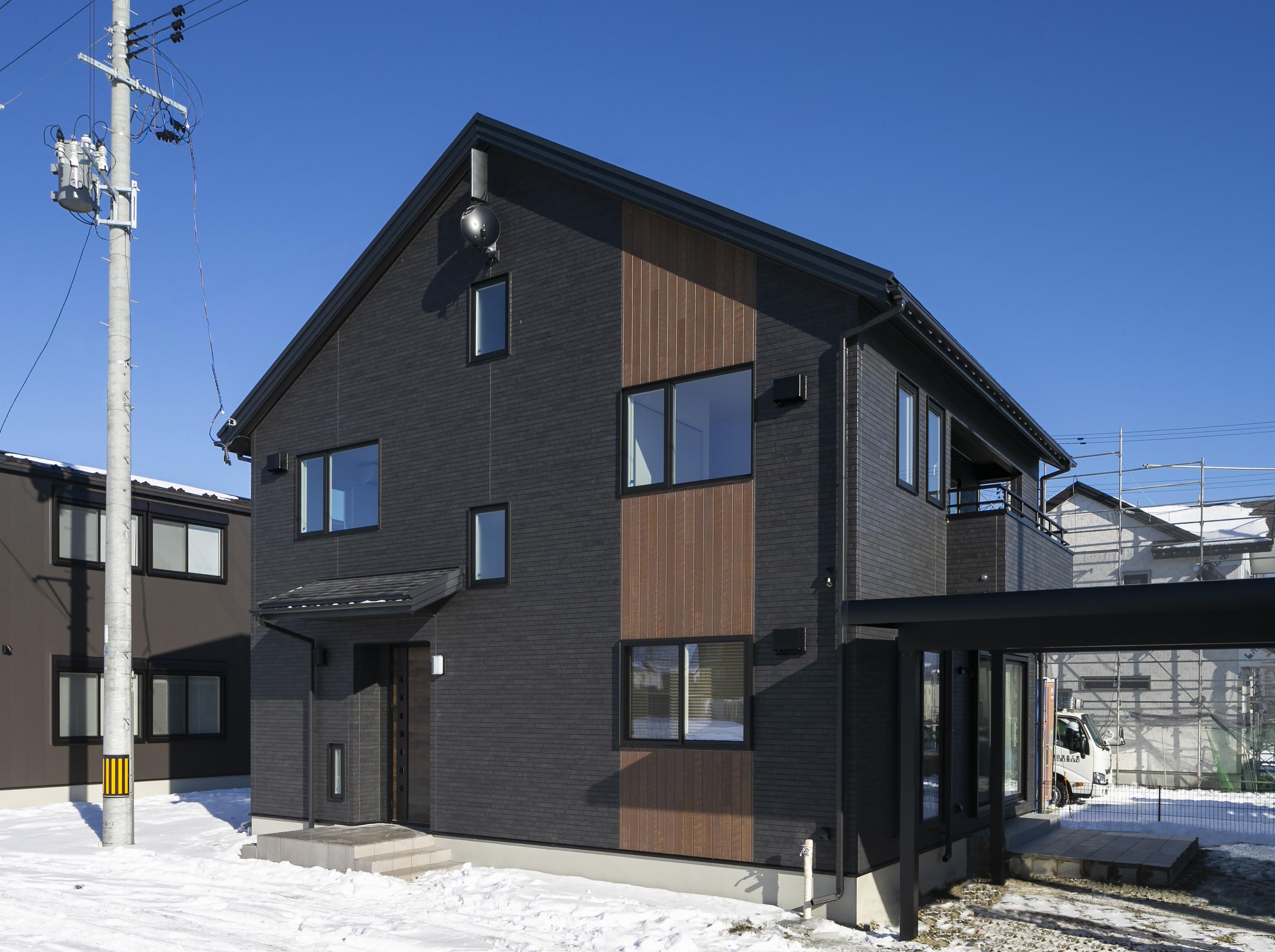 ハウスM21「各階で完結する収納計画が時間のゆとりをもたらす」外観写真